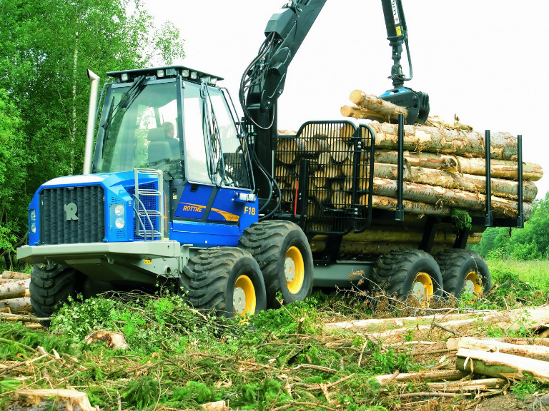 SABICの高光学品質LEXAN?シートがロッテン社の林業作業者のフロントガラスとウィンドウに採用